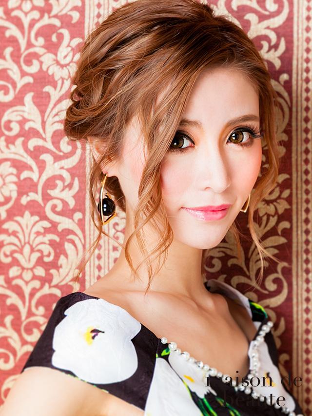 歌舞伎町ディアレスト勤務キャバ嬢一条響です
