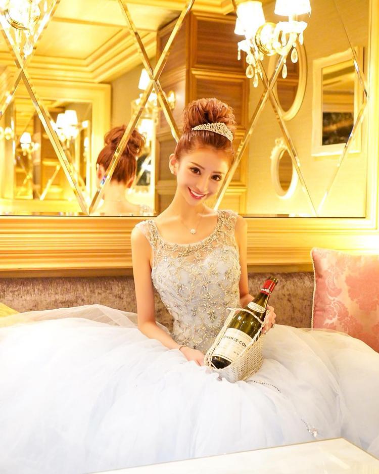愛沢えみり 2億5千万円のキャバ嬢ヒストリー❤︎最終回 -最強キャバ嬢が明かす人生必勝のワケ-